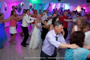 Esküvői DJ Sukoró