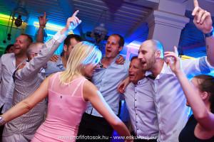 Kerekegyháza Varga tanya esküvői DJ szolgáltatás 1